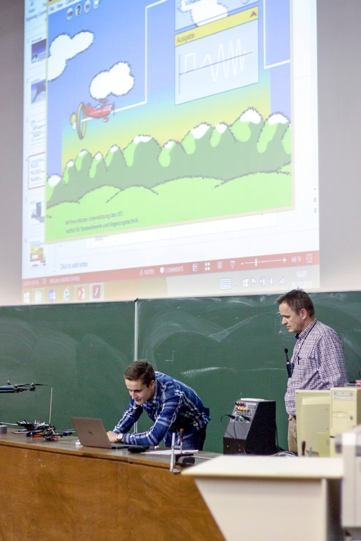 Website der Universität Stuttgart (c)