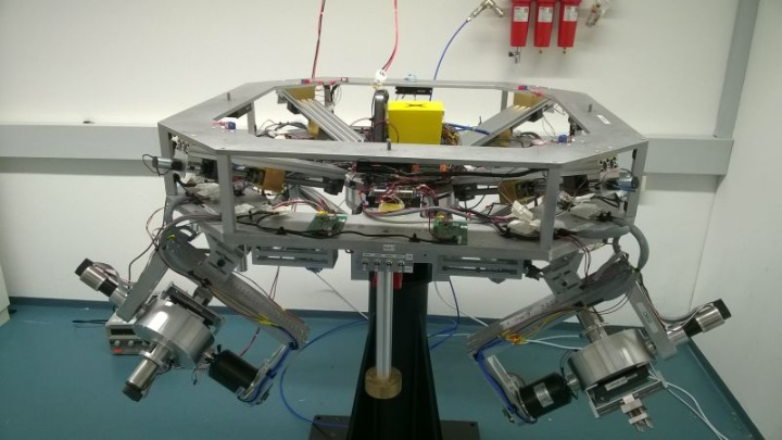 Testbed for Agile Earth Observation Satellites (c)